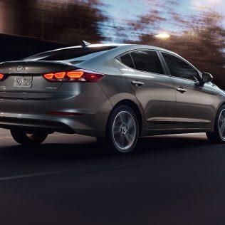 The Hyundai Elantra Drive Review