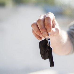 Getting Rental Car After Breakdown - Advantage Car Rentals
